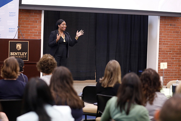 Gearing Up 2019 closing keynote speaker TeLisa Daughtry shares the importance of confidence and determination